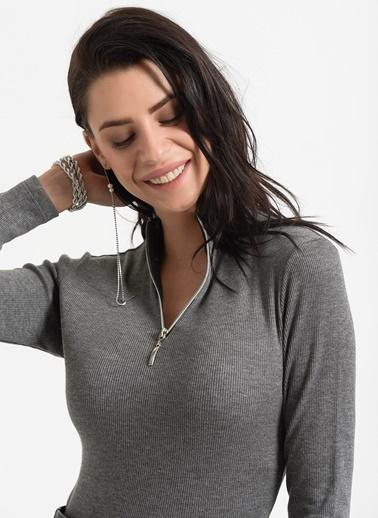 Styletag Fermuarlı Bluz Gri